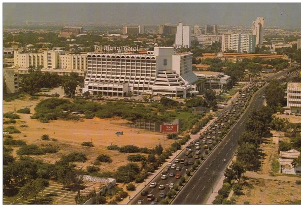 Hotel Taj Mehal #Karachi in 1980s now regents plaza