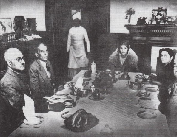 Quaid and Fatima Jinnah on the dinner
